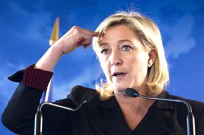 Отказаться от евро: Ле Пен шокировала очередным заявлением
