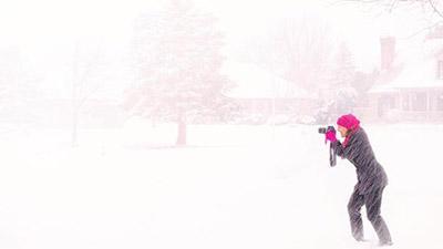 Погода в Украине станет снежной и ветренной