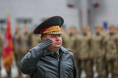 Министр обороны Украины Степан ПОЛТОРАК уверяет, что российско-оккупационные войска в прошлом году более 16 тысяч раз нарушили режим тишины.