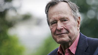 Врачи рассказали о состоянии Буша-старшего