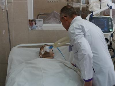 """""""Какие там бандеровцы"""" - раненый житель Авдеевки поблагодарил врачей за спасение"""