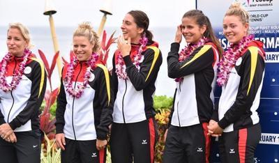 На Гаваях немецких теннисисток поприветствовали гимном Третьего рейха (ВИДЕО)