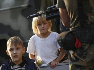 Около миллиона детей на Донбассе нуждаются в срочной гуманитарной помощи - ООН