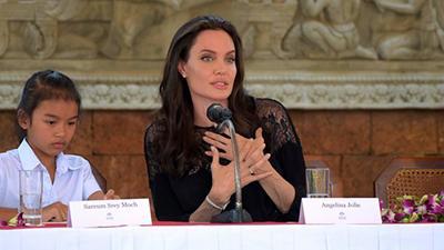Анджелина Джоли возвращается в большое кино