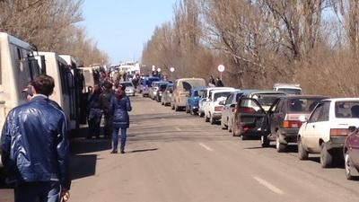 Жебривский: Пешие переходы на КПВВ продолжат работу, вопрос с легковыми авто решится в ближайшее время