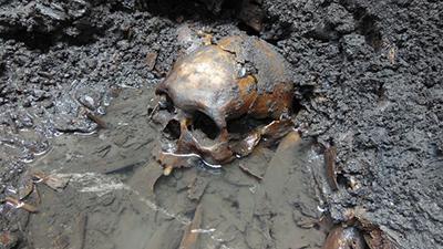В Мексике обнаружено захоронение с полусотней черепов