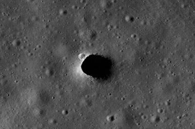 На Луне обнаружены многокилометровые подземные туннели