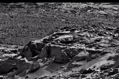 На Марсе обнаружили огромные «рукотворные» башни. ВИДЕО