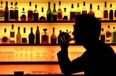Ученые назвали топ-3 самых вредных алкогольных напитков