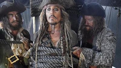 """Кинокритики пришли в восторг от """"Пиратов Карибского моря 5"""""""