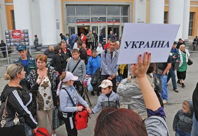 Коновалюк: Миллионам трудовых мигрантов, которые вернутся домой с безвизом, нужно дать работу