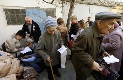 Пенсии и соцвыплаты не получат около 200 тыс. переселенцев из-за списков СБУ