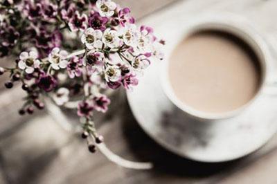 Яку пити каву, щоб не жовтіли зуби?