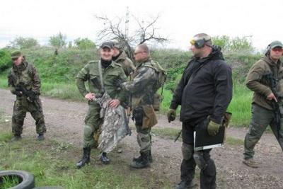 """Боевики """"ЛНР и ДНР"""" в Макеевке готовят снайперские группы"""