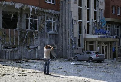 Донецк с утра в эпицентре обстрелов