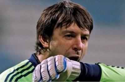Легендарный украинский футболист стал торговцем оружием