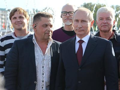 Солист любимой группы Путина экстренно госпитализирован