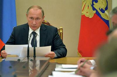 В России указали на признаки подготовки Запада к уходу Путина