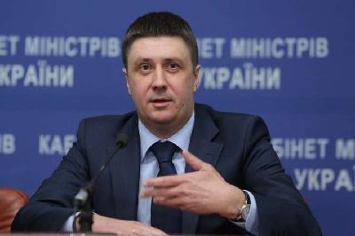 Кириленко анонсував розмір штрафів для тих, хто запрошує російських співаків