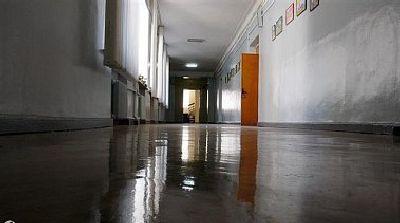 В Попасной закрыли школу: поселили туда военных