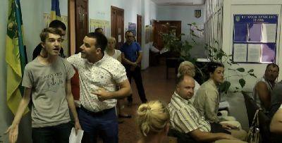 Старшокласник з Київщини попри страшні погрози бореться з корупцією