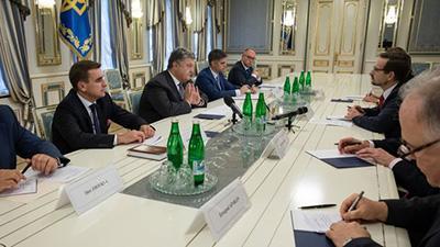 Порошенко и генсек ОБСЕ скоординировали подходы по размещению миротворцев ООН