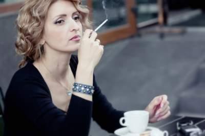 Курильщикам подсказали, какие продукты выводят никотин