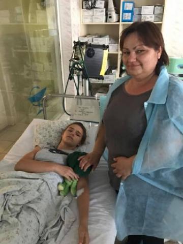 """Дівчинка, що постраждала під час пожежі у """"Вікторії"""", врятувала вісім дітей"""