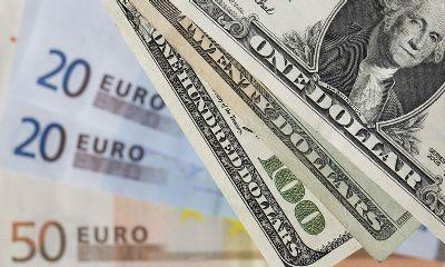 НБУ: Украинцы вывели за границу 1,5 миллиона долларов