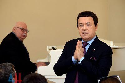 Кобзон возглавил детскую музыкальную академию в ОРДО