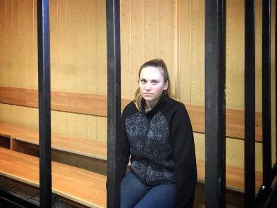 Трагедия в «Виктории»: как и почему пытаются посадить 23-летнюю сироту