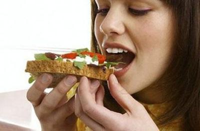 Дієтологи: помилки у харчуванні сприяють передчасному старінню
