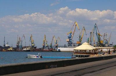 Керченский мост стал причиной убытков Бердянского порта