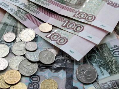 Стали известны зарплаты работников на оккупированном Донбассе