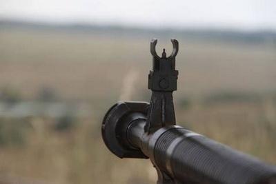 Шесть военных ранены за сутки на Донбассе
