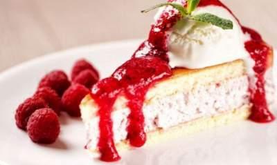 Неврологи: Сладкие и жирные продукты делают людей глупее