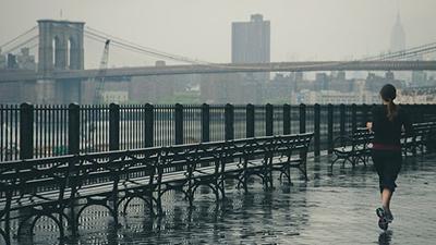 Почему нельзя делать вечернюю пробежку по городу – ответ ученых