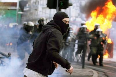 Великобритания внесла Украину в десятку стран с высоким риском терактов