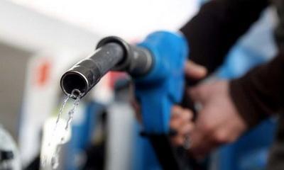 Через бензин експерт прогнозує подорожчання продуктів: від м'яса до молока