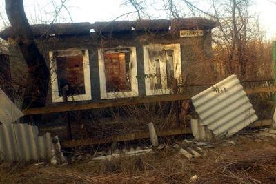 """Житель Донецка в Сети разоблачил вранье боевиков: """"Взгляните на ру**оремонт в поселке. Хотя бы один восстановленный дом вы видите?"""""""