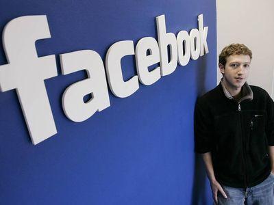 Анонс об измнении алгоритма новостной ленты Facebook стоил Цукербергу огромных средств