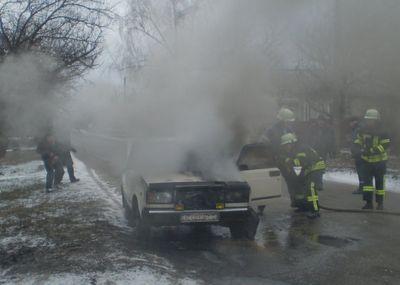 В Донецкой области сегодня вспыхнул автомобиль