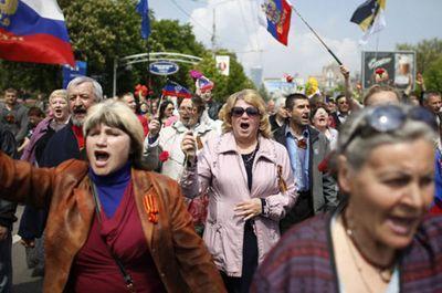 Что предлагают и чем угрожают законопроекты о коллаборационизме на Донбассе