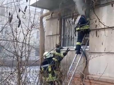 В Северодонецке достали женщину из пламени