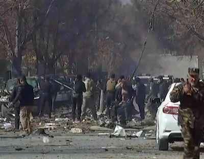 Взрыв потряс Кабул, убиты и ранены более ста человек