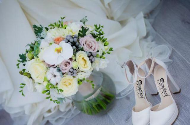 Макияж невесты вынудил жениха бросить ее у алтаря. ФОТО