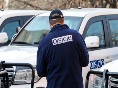 """Боевики """"ДНР"""" задержали патруль СММ ОБСЕ, давая проехать ракетному комплексу"""
