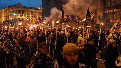 Побеждают кланы: ученый указал на печальную ситуацию с революциями в Украине