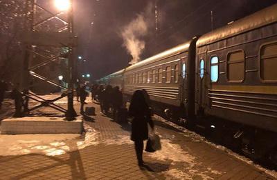 Поезд «Киев-Мариуполь» разваливается на ходу