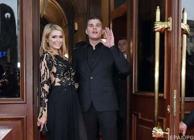 Пэрис Хилтон приехала во Львов с женихом для открытия отеля